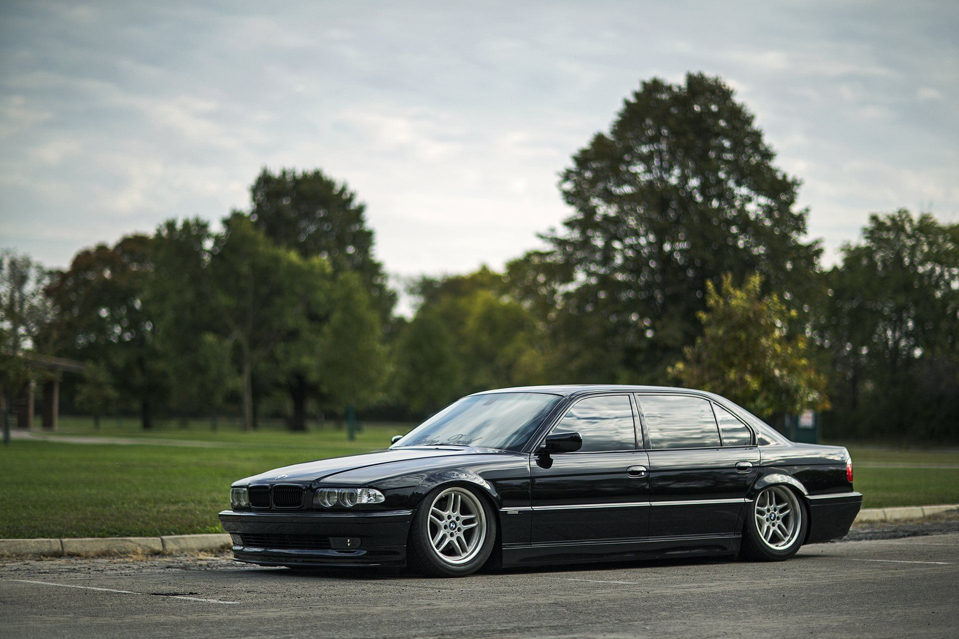 Best 40 E38 Wallpaper On Hipwallpaper E38 Wallpaper Bmw E38 7 Series Wallpaper And E38 1920x1200 Wallpaper