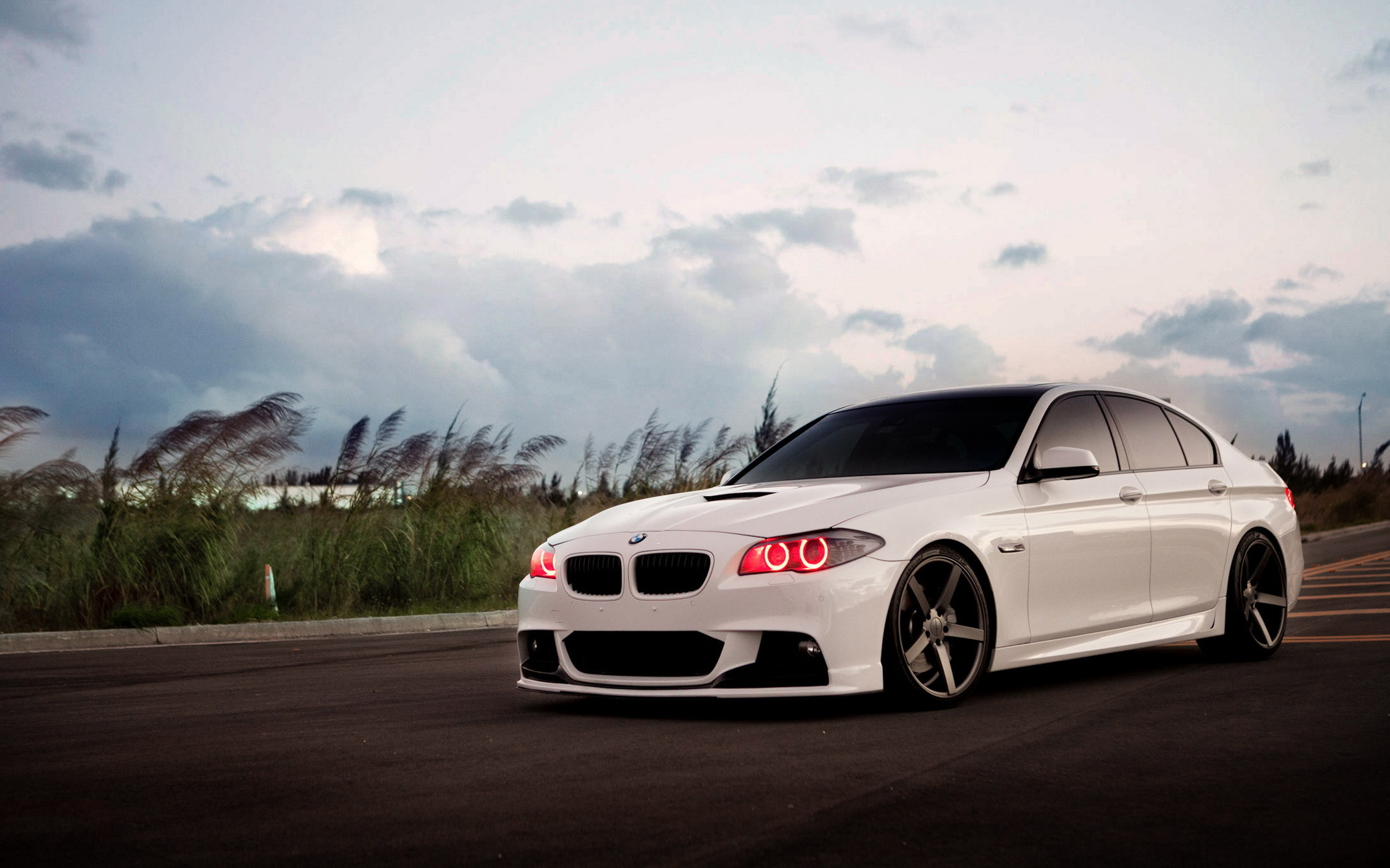 BMW Series 5 Vossen Wheels Wallpapers - 2080x1300 - 497282