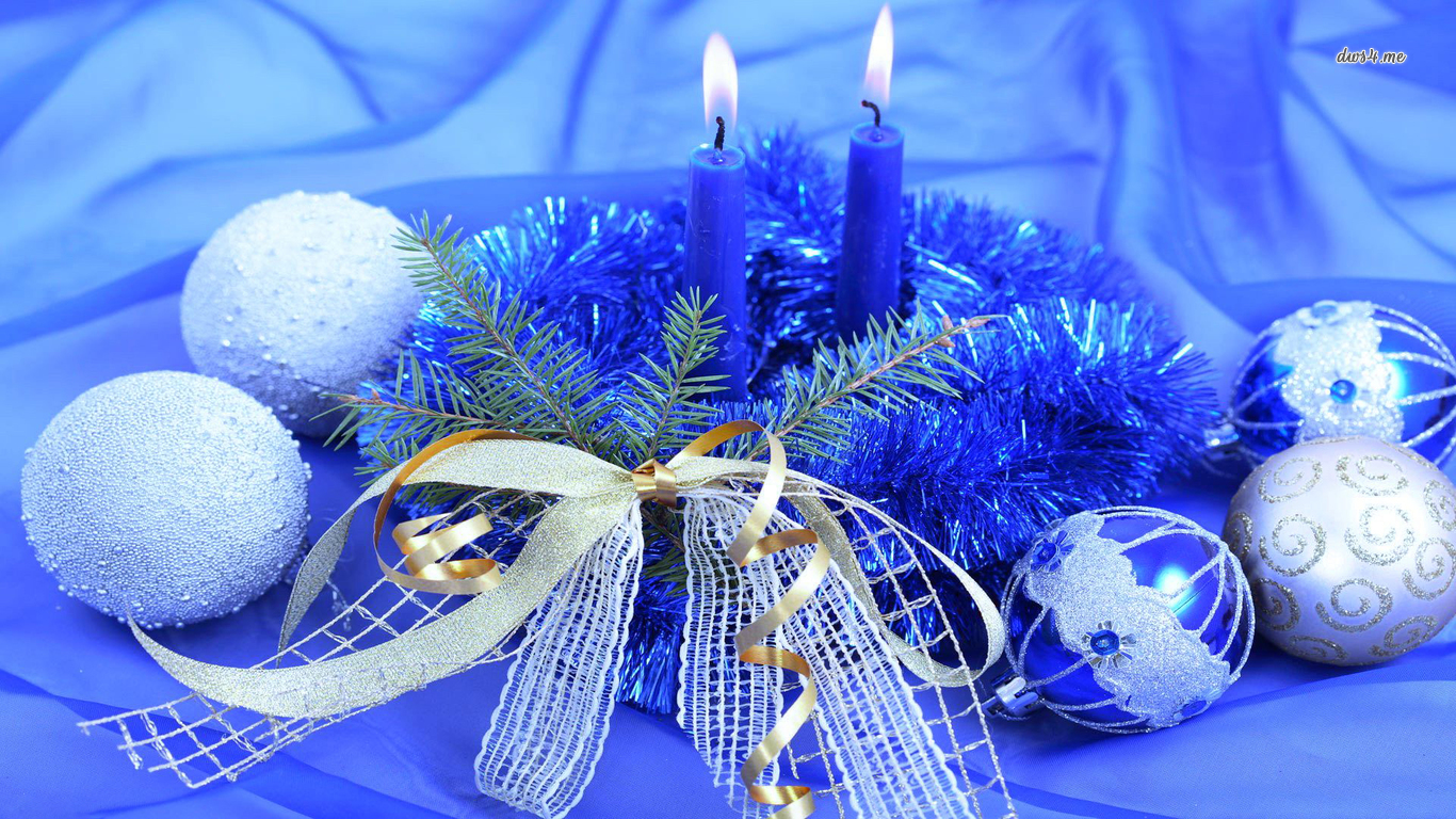 blue tinsel wallpaper 1280x800 Blue candles surrounded by blue tinsel ...