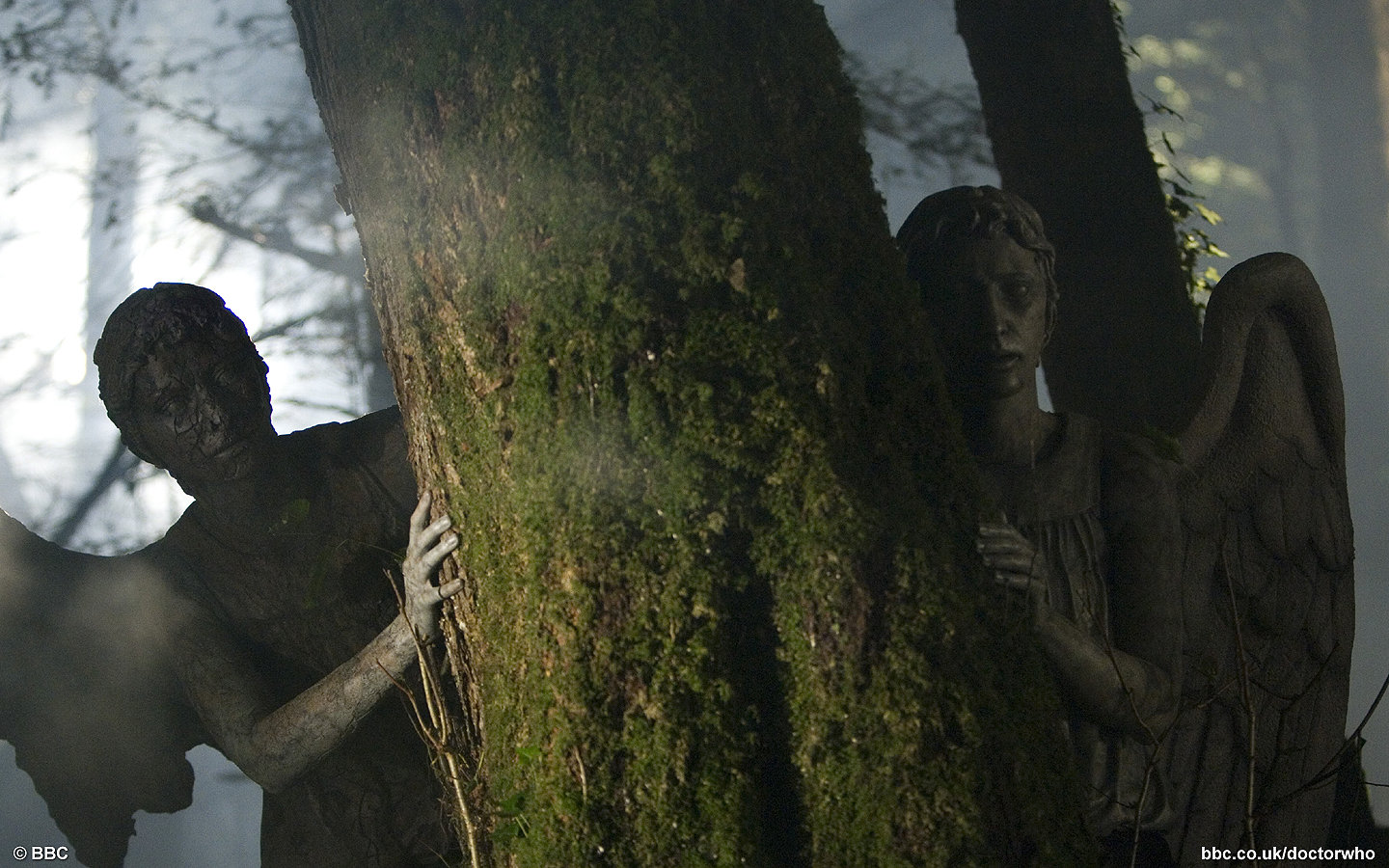 Displaying 17> Images For - Weeping Angels Wallpaper Gif...