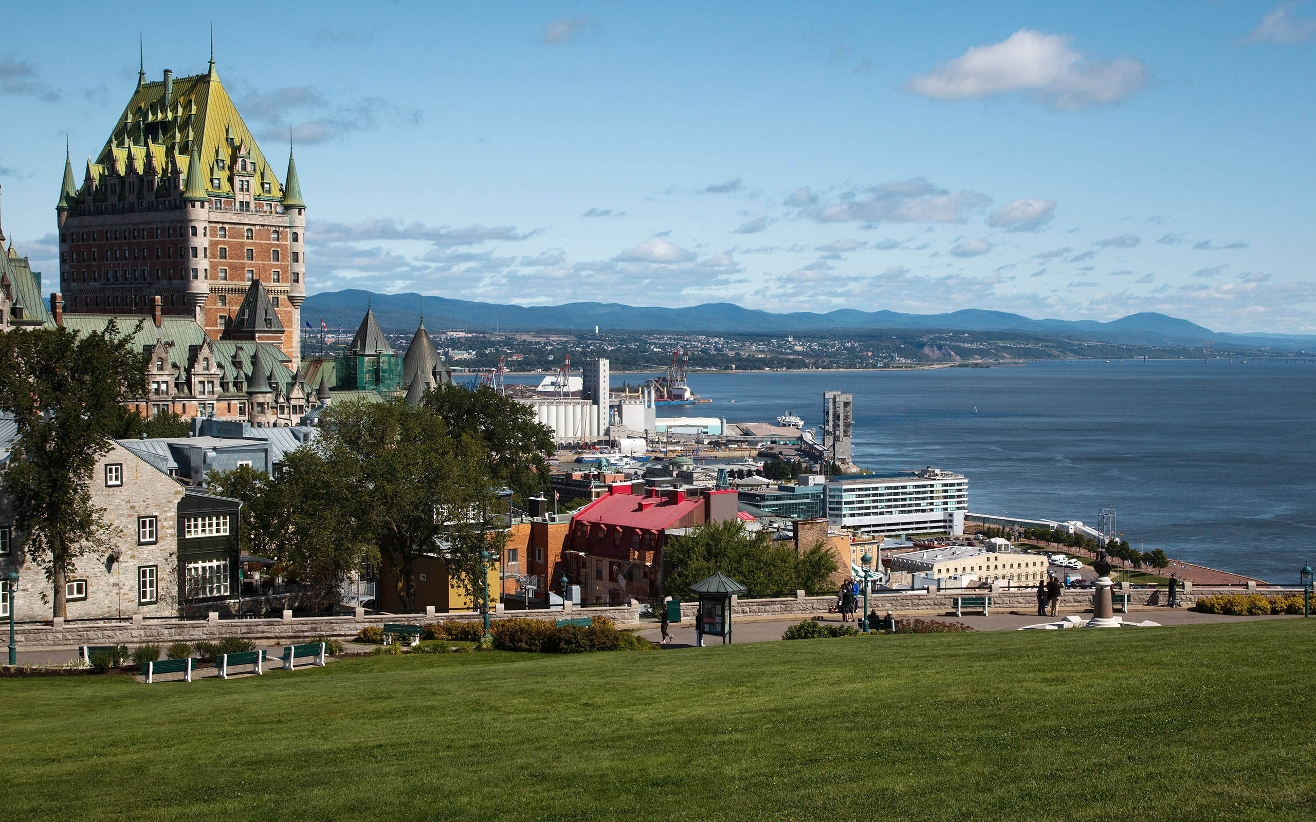 quebec city #469260, Travel and City Photography Wallpapers HTML code