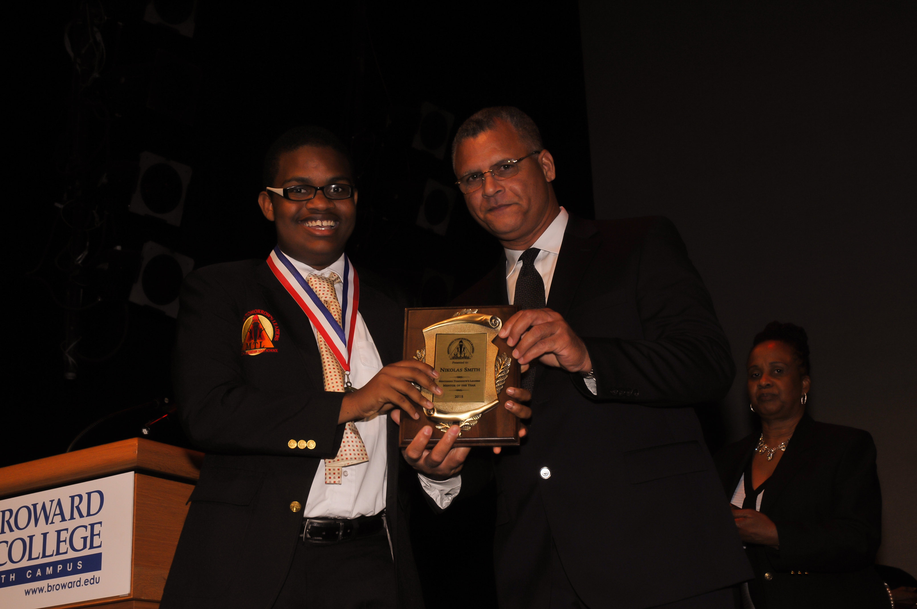 Mentoring Tomorrow Leaders Scholarships Award Banquet | Nicks Photo ...