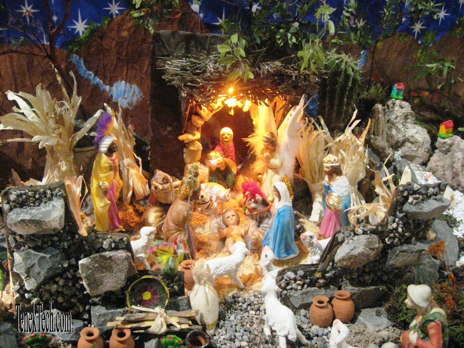Living Barra de Navidad: Christmas Traditions in Mexico - Posadas and ...