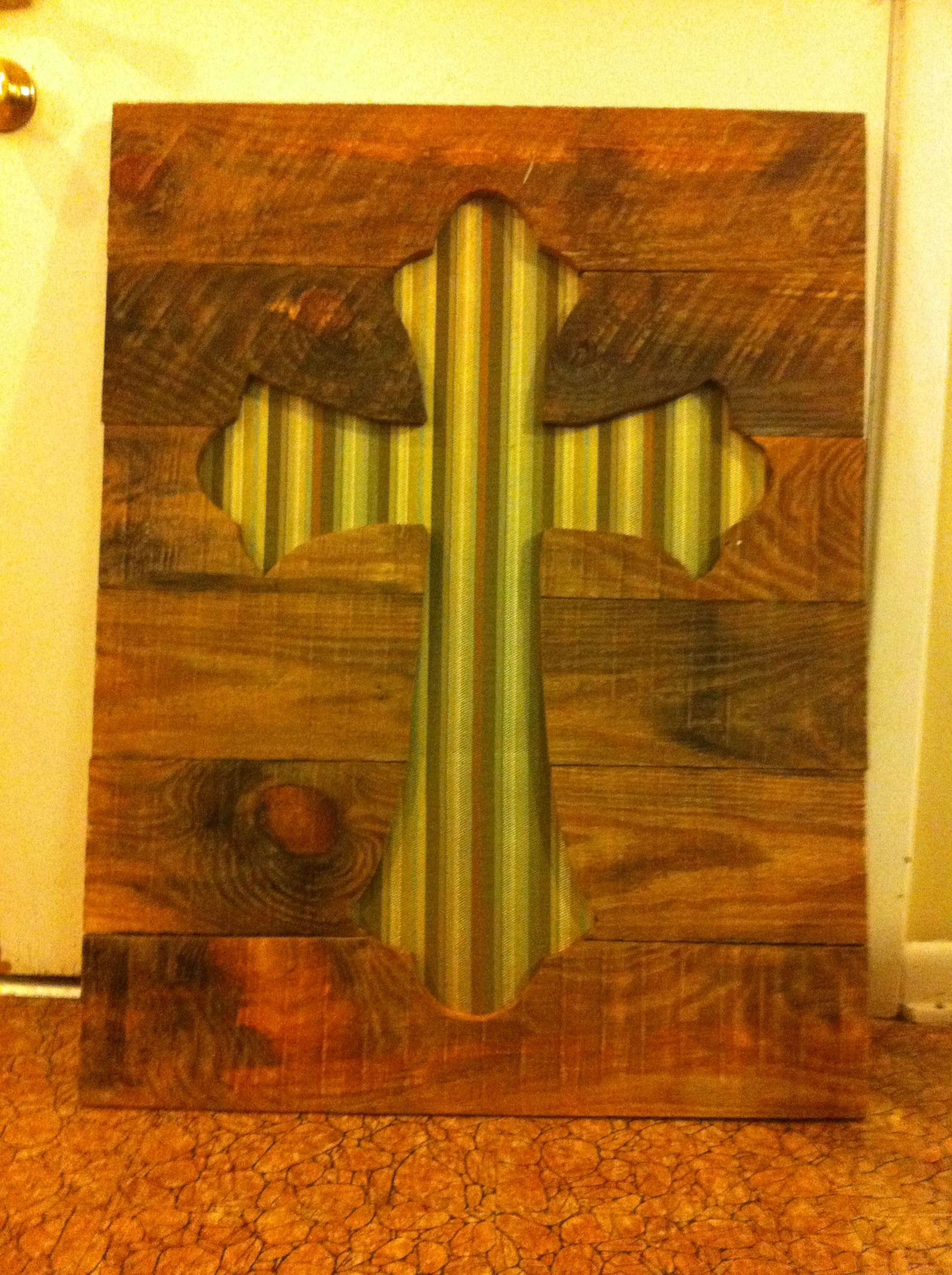 pallet cross with background | white crow | Pinterest